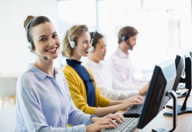 Jak wybrać firmę zewnętrzną do obsługi rejestracji telefonicznej?